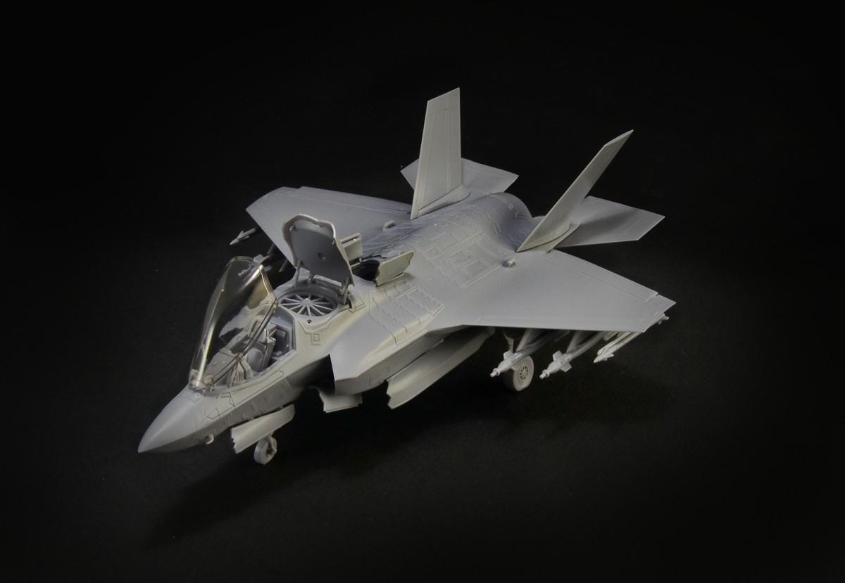 F35_01.jpg