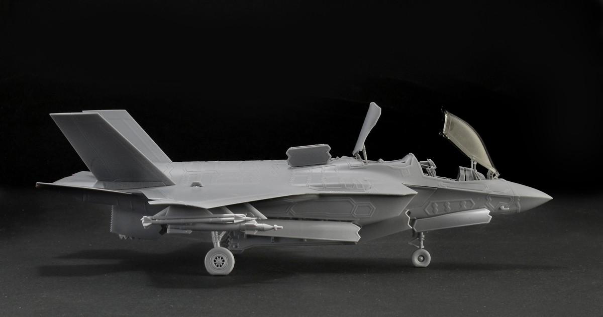 F35_05.jpg